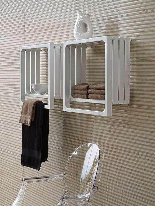 MONTECARLO: radiatore scaldasalviette d'arredo che è al contempo un elegante contenitore da giorno, per abbellire i nostri riti quotidiani tutto l'anno.
